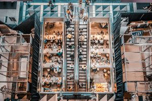 people in shopping mall - analyze customer movement